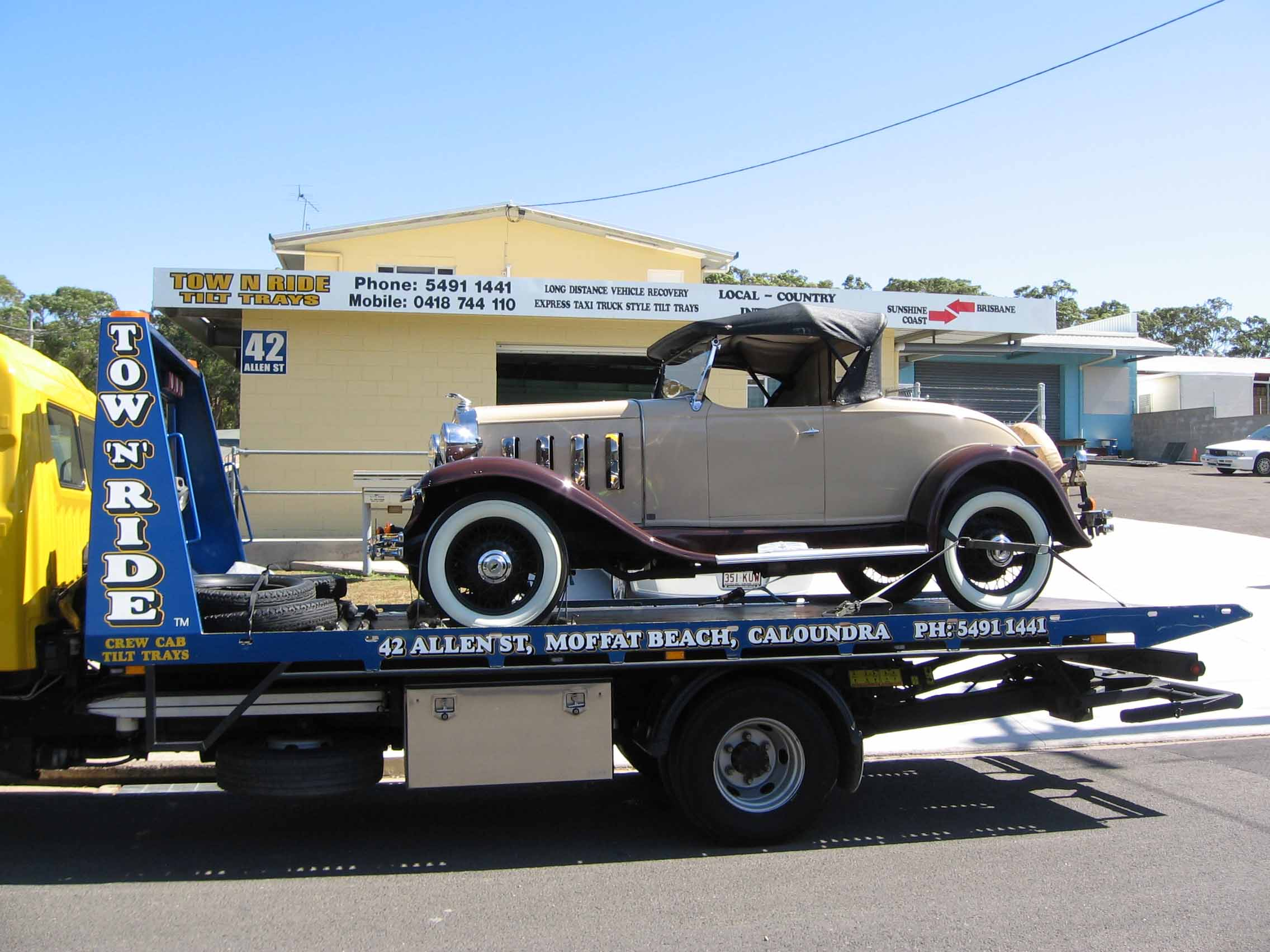 classic car towing