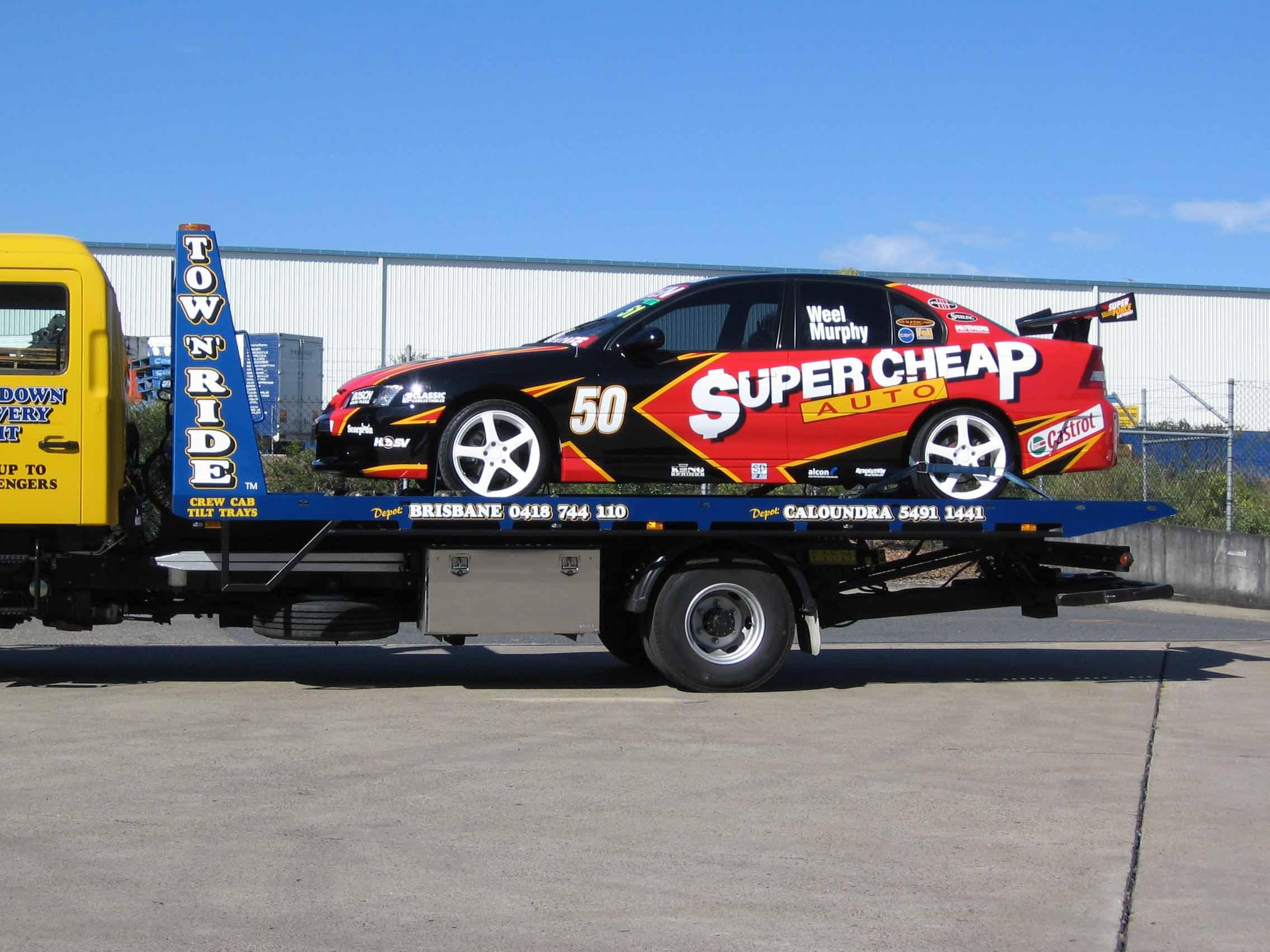 racing car tow by caloundra towing